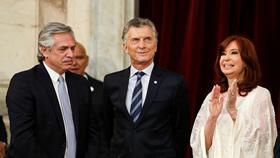 Alberto con rango de presidente en el tercer gobierno de La Doctora